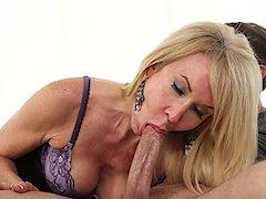 Vídeo de mulher transando gostoso com o ex da filha
