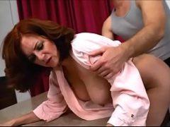 Como fazer sexo gostoso com uma coroa