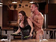 Boquete e sexo vaginal com a cunhada tesuda