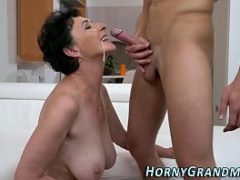 Homem gozando na boca e no cu beeg sexo anal