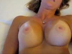 Sexo com coroas gostosas e safadas transando