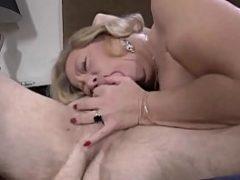 Mulheres velhas porno de sexo oral
