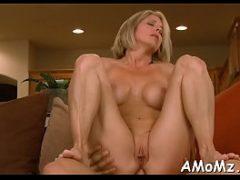 Filme porno com coroas loiras querendo sentar na rola