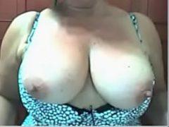 Porno de puta brasileira dos peitos caídos