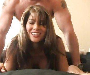 Sexo grates com morena madura safada e um careca