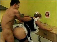 Empregada safadinha dando para o patrão