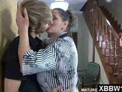 Porno coroas gostosas beijando novinho gostoso