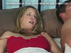 Madrasta realizando sexo com o enteado