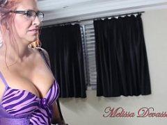 Porno da Melissa Devassa dando para dois homens dotados