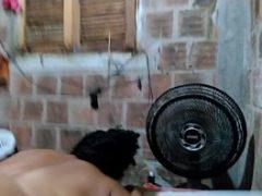 Sexo caseiro na favela homem fudendo a coroa gorda